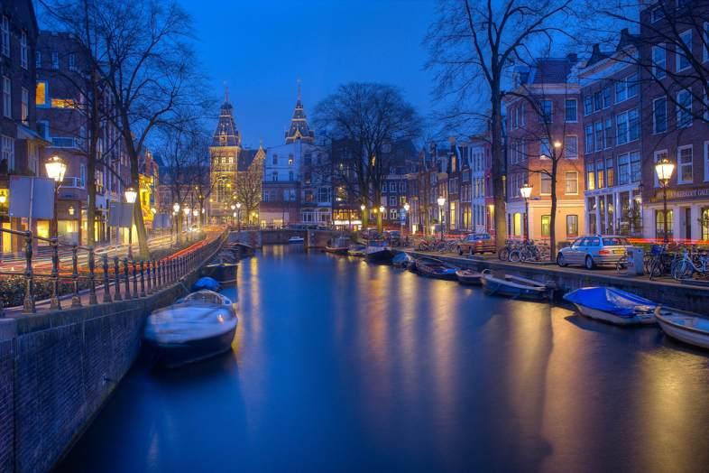 Las leyes de drogas blandas en Amsterdam.