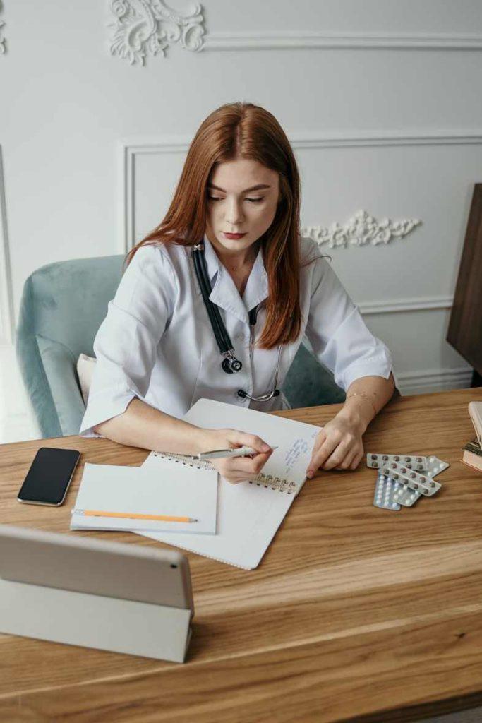 La ayuda de un profesional puede ser de fundamental importancia para superar la abstinencia de cannabinoides