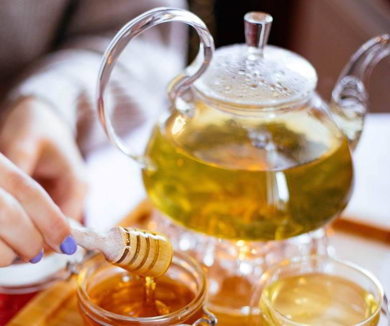 Ideas sobre qué hacer con las hojas de cáñamo: té de hierbas.